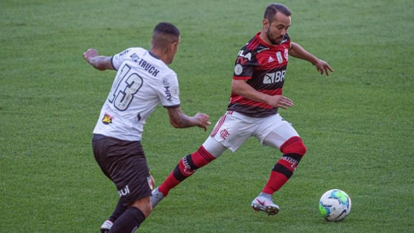 Atlético-Flamengo-Maracanã Filipe Luís faz contra, e Atlético desbanca o campeão Flamengo no Maracanã