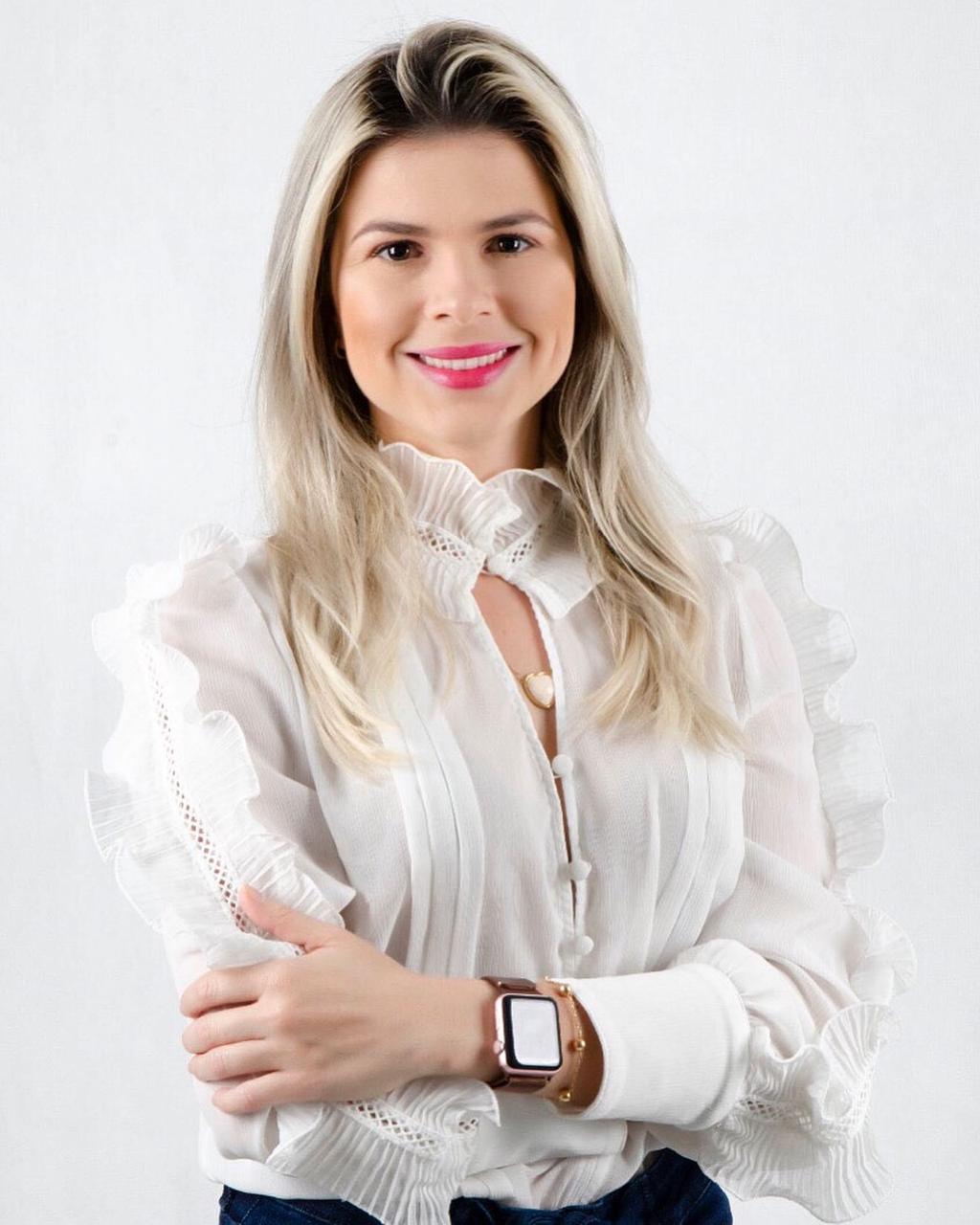 Daniela-dantas Jovem Daniela Dantas (Lelinha) lança pré-candidatura a vereadora em São José dos Cordeiros