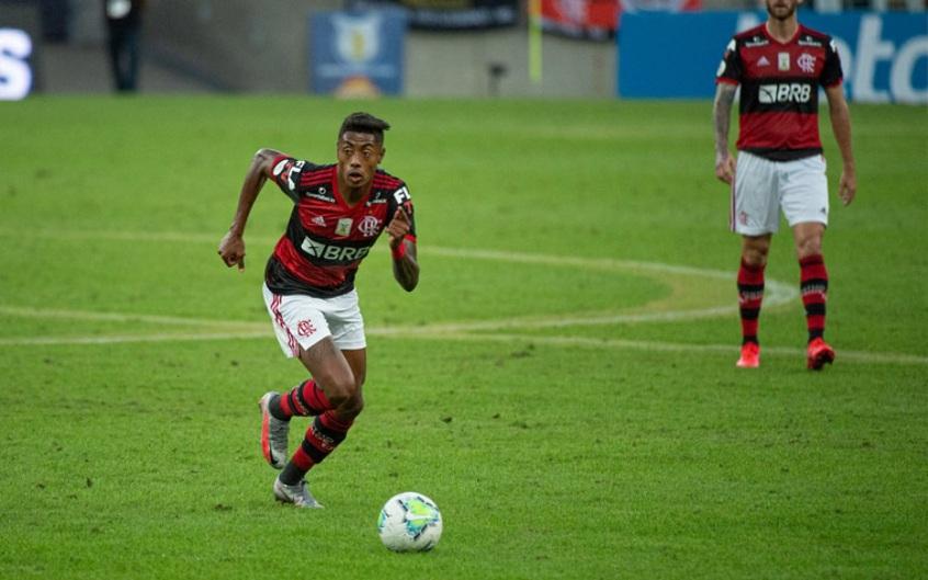 FLAMENGO Flamengo rejeita proposta do Benfica por Bruno Henrique; veja as condições