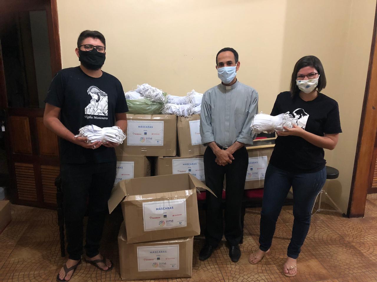 WhatsApp-Image-2020-08-04-at-18.05.25 Paróquia Nossa Senhora das Dores realiza doação de 10 mil máscaras durante a pandemia da Covid-19