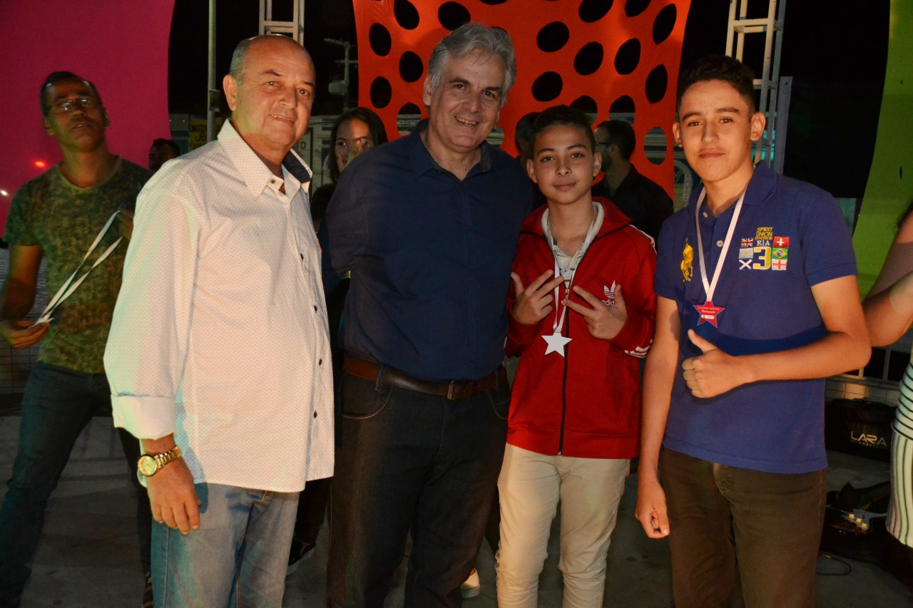 turistas-e-monteirenses-se-reunem-para-prestigiar-show-de-talentos-que-encerrou-o-mes-da-juventude-6 Autor do Projeto de Lei que criou o evento, vereador Cajó Menezes parabeniza organizadores da Semana da Juventude, online em 2020