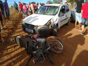 ACIDENTE-PRATA-PB Jovem morre após colisão entre carro e moto na Prata