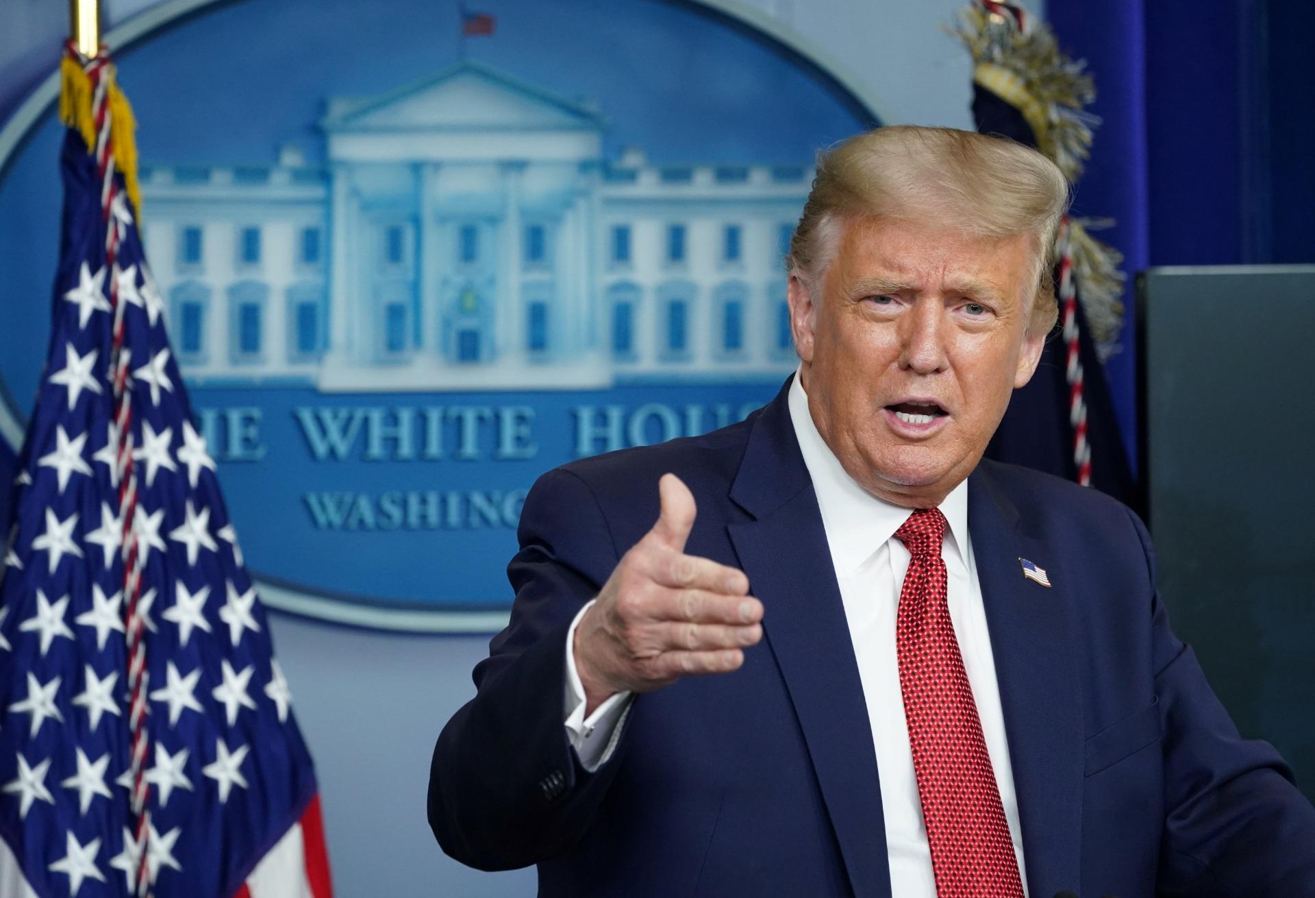 Donald-Trump Pacote com ricina é enviado a Donald Trump e interceptado por autoridades