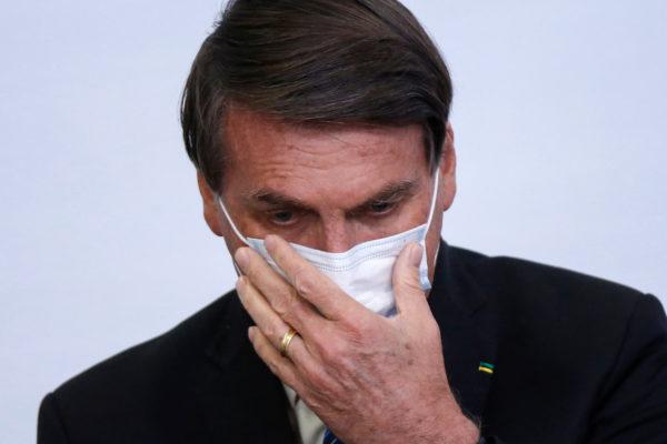 O-presidente-da-República-Jair-Bolsonaro-600x400 Bolsonaro diz que fake news fazem parte da vida após editar MP que dificulta combate à desinformação