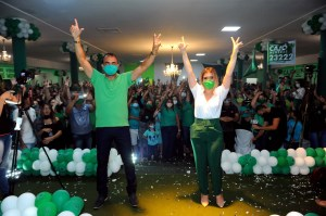 ana Anna Lorena e Celecileno registram candidaturas na Justiça Eleitoral