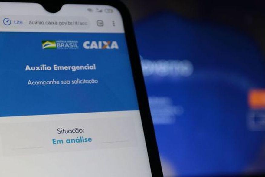 auxilio_emergencial Caixa deposita auxílio de R$ 600 e libera saque de R$ 300; veja quem recebe