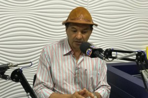 2709 Defesa de Aristeu Chaves afirma que pedido de impugnação feito por Sandro Môco é uma 'aberração' e apresenta documento