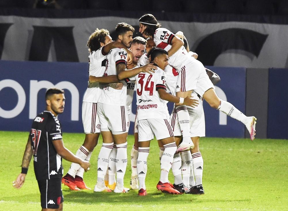 flamengo-vasco Análise: na marra e na calma, Flamengo faz do Vasco mais uma vítima de seu novo jeito de vencer