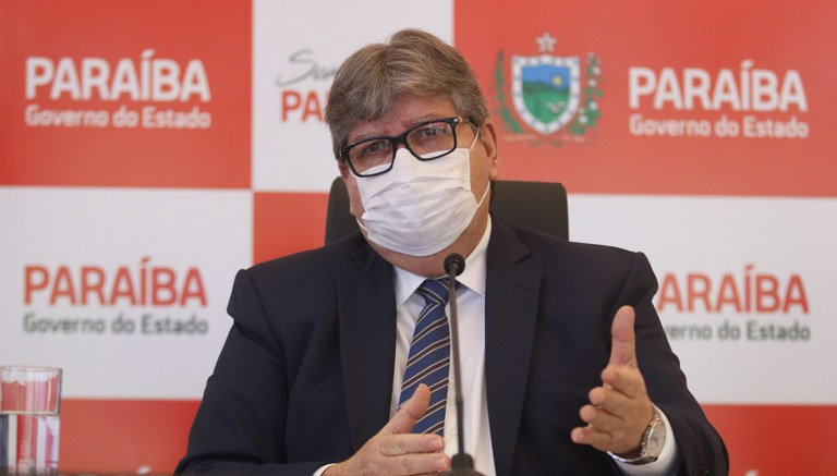 Joao-Azevedo João Azevêdo anuncia folhas de pagamento no valor de R$ 1 bilhão e 300 milhões