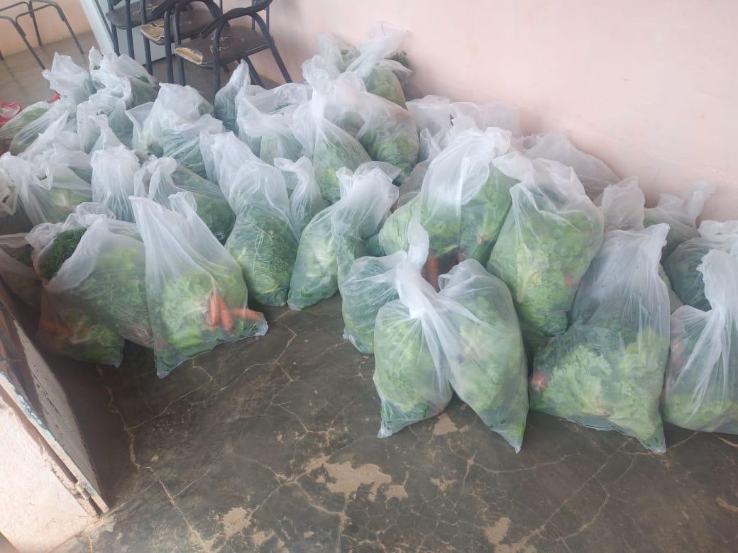 Kits-zona-rural-_-assistenciais-2 Comunidades rurais e Serviços assistenciais em Monteiro recebem kits com verduras e legumes