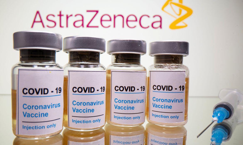 coronavirus-britain-vaccine Fiocruz: 130 milhões podem receber vacina de Oxford em 2021