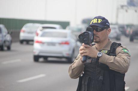 radares-moveis-nas-estradas- Proibição de radares escondidos nas vias entra em vigor neste domingo