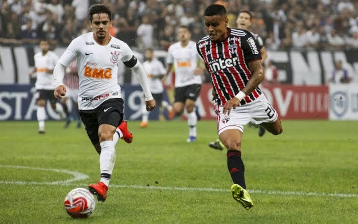 images-68 Corinthians anula o São Paulo, vence o clássico e embola o Brasileirão