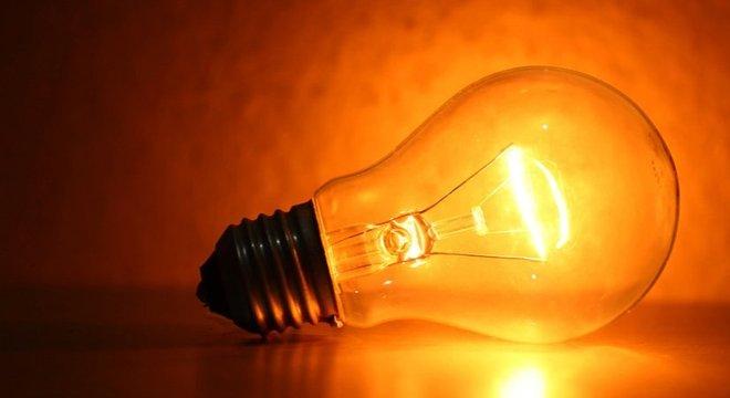 luz-o-que-e-caracteristicas-fontes-e-natureza-24042020070325179 Conta de luz terá cobrança extra a partir desta terça-feira, decide Aneel