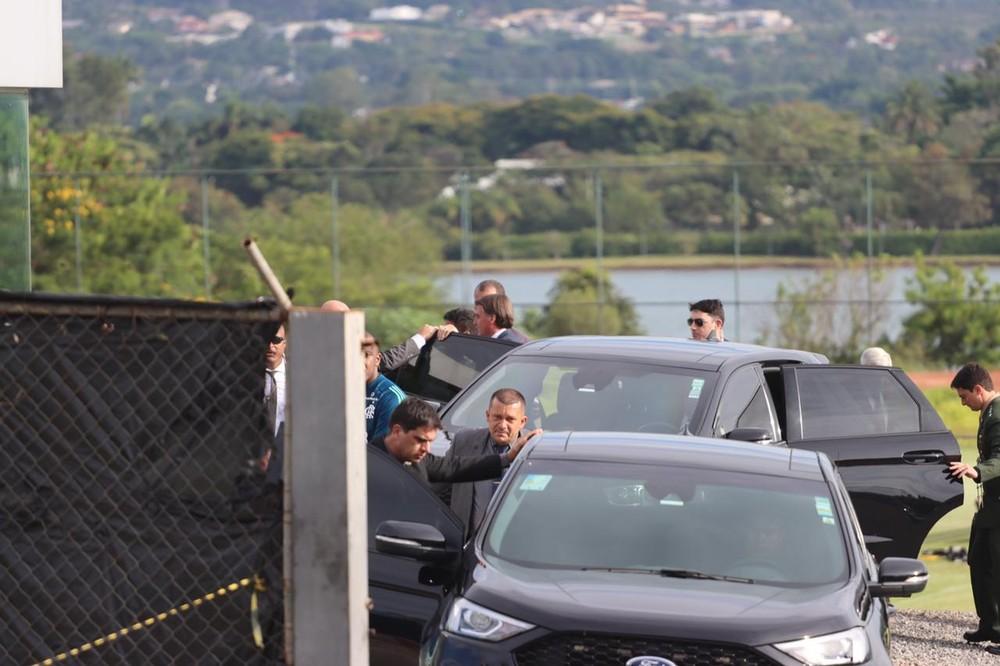 75ed6a4a-165e-401e-a683-b45754a8bab6 Treino do Flamengo é marcado por visita de Jair Bolsonaro