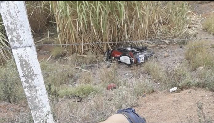 EB0E2D93-6E5D-4287-9096-106F5E4B07C3 Mototaxista morre em acidente de moto em Monteiro