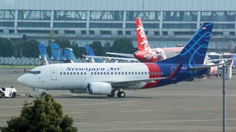 aviao-indonesia Indonésia localiza as duas caixas-pretas de avião que caiu próximo a Jacarta
