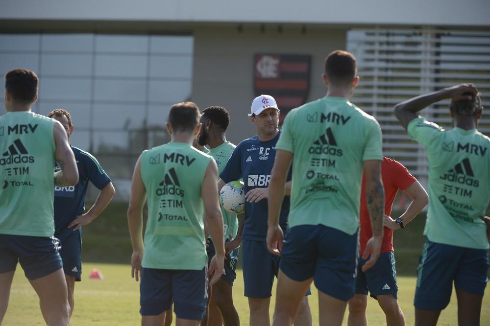 ceni-quinta Diego Alves avança etapa e reforça plano de voltar ao Flamengo contra o Goiás