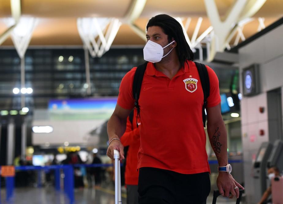 gettyimages-1285973796 Atacante Hulk doa R$ 150 mil em cilindros de oxigênio para ajudar hospitais de Manaus