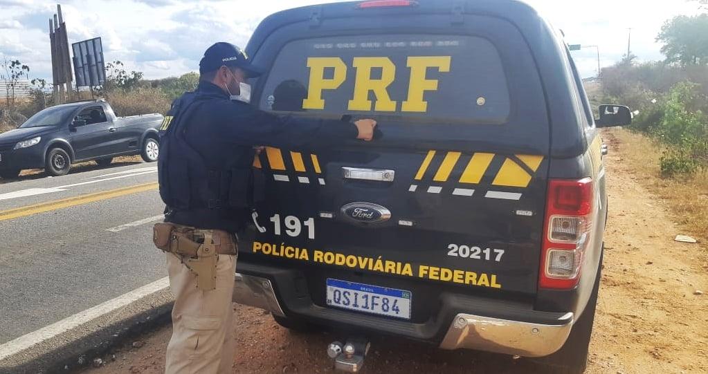 prf-em-monteiro Exclusivo: Jovem de 20 anos, foragido da justiça militar é preso pela PRF em Monteiro