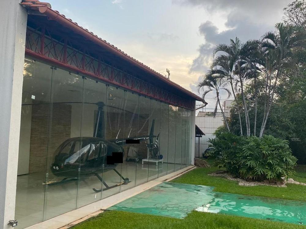 whatsapp-image-2021-01-12-at-09.07.24 Lava Jato apreende helicóptero, carros de luxo e obras de arte
