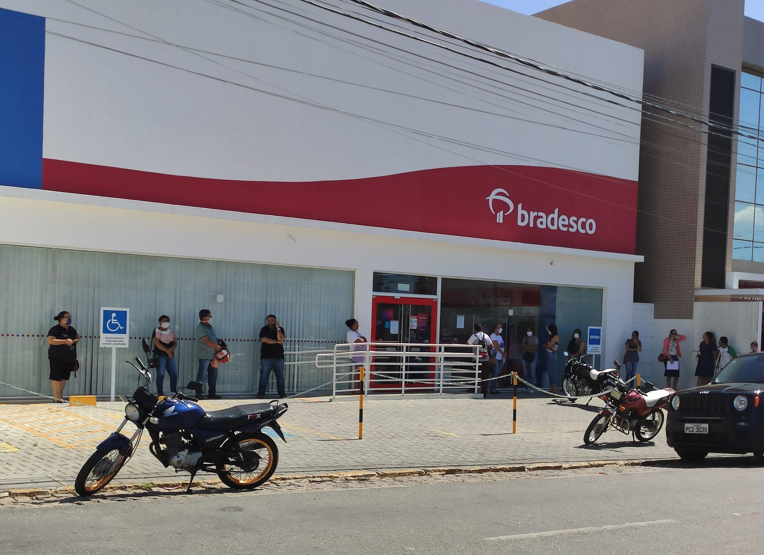 IMG_20210204_100306-scaled Bradesco fecha 1.083 agências em todo Brasil e demite 7.754 funcionários