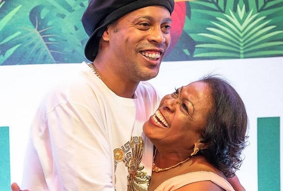 Mae-de-Ronaldinho-Gaucho-miguelina Mãe de Ronaldinho Gaúcho, Dona Miguelina morre vítima da covid-19 aos 71 anos