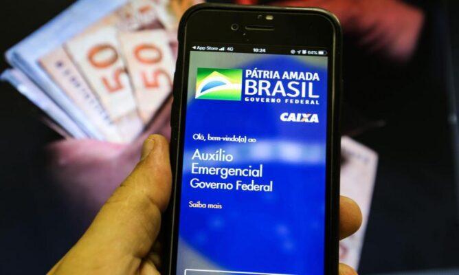 auxilio_emergencial_caixa-1024x613-1-668x400 Auxílio Emergencial 2021: Caixa libera 4ª parcela a beneficiários do Bolsa Família com NIS final 6