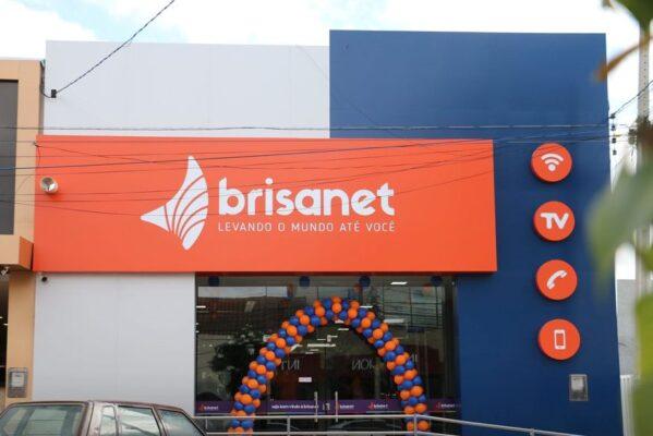 brisanet_foto_facebook_brisanet-599x400 Empresa de telefonia abre 40 vagas de emprego em oito municípios paraibanos