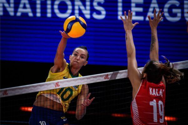 gabi-601x400 Brasil vence Turquia e pega o Japão na semifinal da Liga das Nações
