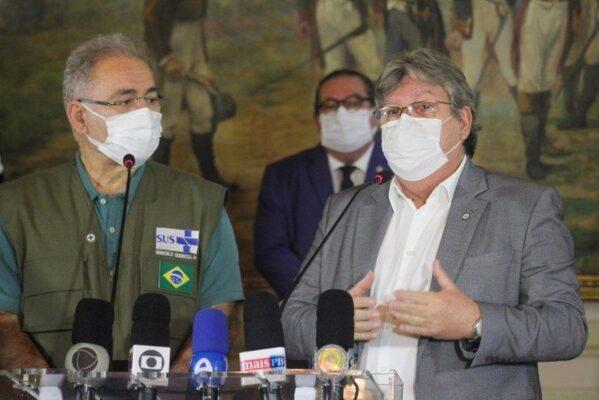 marcelo_queiroga_e_joao_azevedo-599x400 Governador da Paraíba apresenta dois projetos de saúde em reunião com ministro Marcelo Queiroga