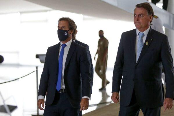 1612374923601ae38b10ea5_1612374923_3x2_rt-599x400 Bolsonaro e presidente argentino se desentendem em reunião do Mercosul