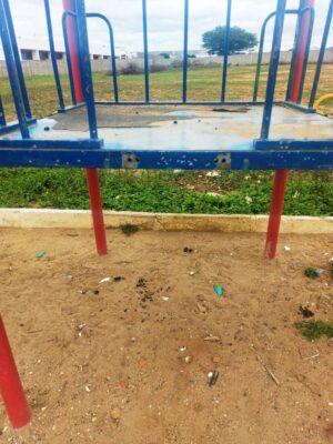 420a81c5-3fab-4b87-a000-16b50a7ccdf3-300x400 Atos de vandalismo deterioram espaços públicos e Prefeitura pede ajuda aos moradores