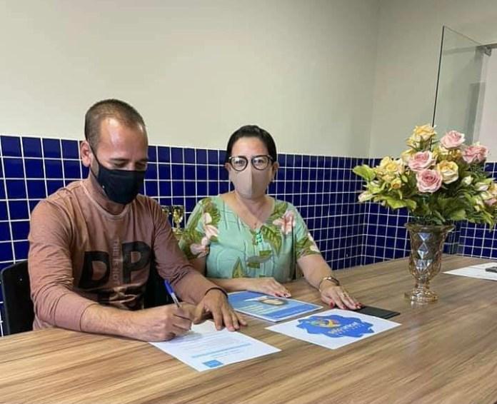 Sandra-Freitas-marcio-leite-sao-joao-d0-tigre Prefeito Márcio Leite assina termos de adesão ao selo Unicef e ao Prêmio Prefeito Amigo da Criança