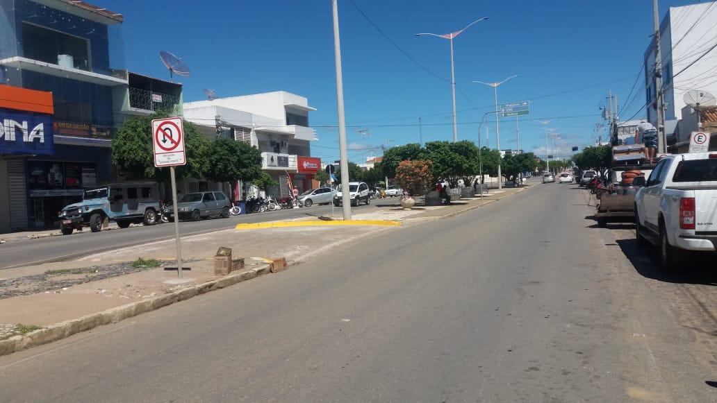 Transito-Centro-5 TRÂNSITO: MONTRAN realiza mudanças e adequações em ruas de Monteiro