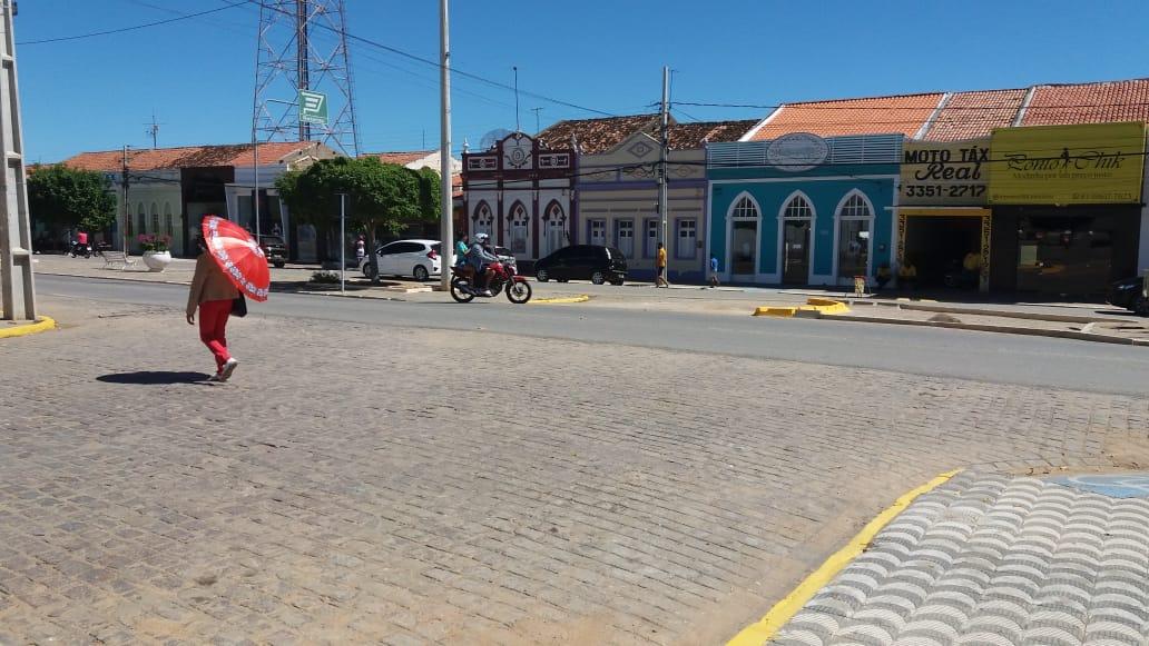Transito-Centro-6 TRÂNSITO: MONTRAN realiza mudanças e adequações em ruas de Monteiro