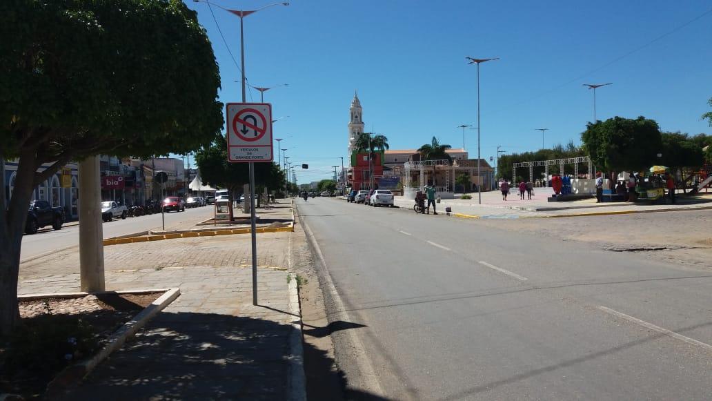 Transito-Centro-7 TRÂNSITO: MONTRAN realiza mudanças e adequações em ruas de Monteiro