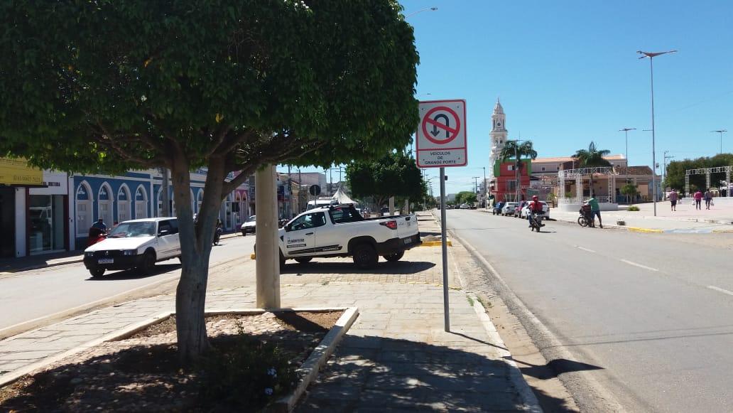 Transito-Centro-8 TRÂNSITO: MONTRAN realiza mudanças e adequações em ruas de Monteiro
