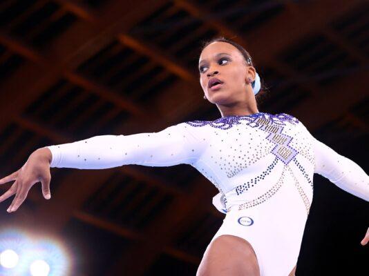 rebeca-andrade-durante-apresentacao-nas-olimpiadas-1627216765989_v2_4x3-534x400 Rebeca leva 'Baile de Favela' às finais das Olimpíadas de Tóquio