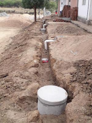 1.1 Gestão de São João do Tigre acelera pavimentação e implantação de rede de esgoto e distribuição de água do conjunto José Raimundo Barbosa