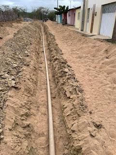 1.2 Gestão de São João do Tigre acelera pavimentação e implantação de rede de esgoto e distribuição de água do conjunto José Raimundo Barbosa