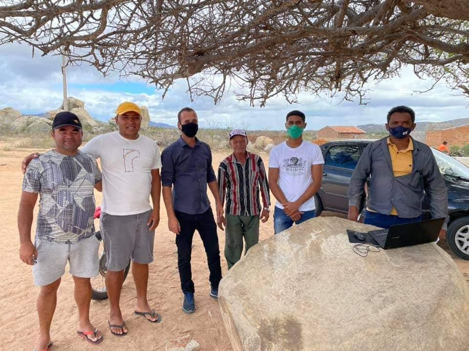 11 São João do Tigre: prefeito Márcio Leite visita Distrito de Cacimbinha e anuncia importantes obras para a população