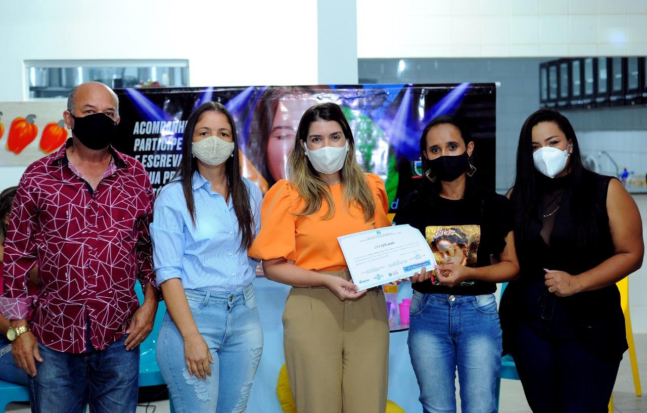 Cursos_Mes-da-Juventude-11 Prefeita Anna Lorena participa da entrega dos certificados dos cursos oferecidos no Mês da Juventude