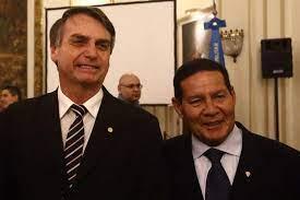 """download-3 Vice responde a Bolsonaro: """"Cunhado não é parente, Mourão para presidente"""""""