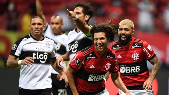 libertadores-fla-olp-report Flamengo goleia o Olimpia de novo e vai com moral para semifinal da Libertadores