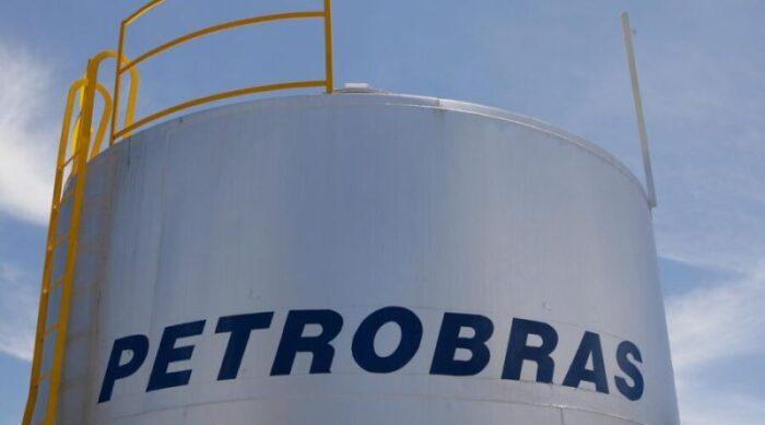 petrobras-diz-nao-ter-definicao-sobre-vale-gas-prometido-por-bolsonaro-700x389 Petrobras diz não ter definição sobre vale-gás prometido por Bolsonaro