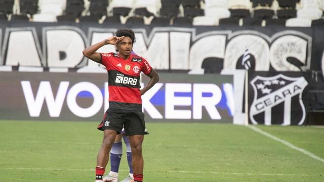 whatsapp-image-2021-08-22-at-18.00.37 Ceará e Flamengo fazem jogo equilibrado e empatam no Castelão