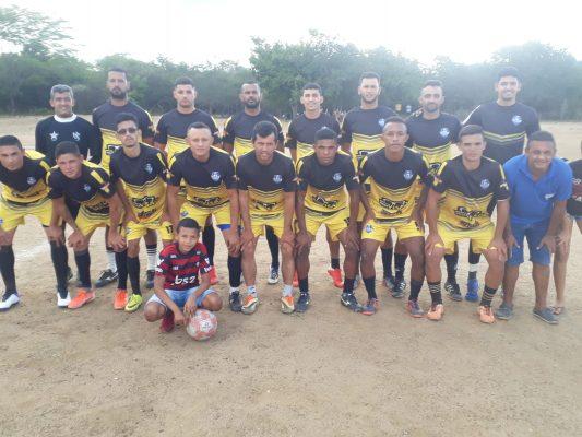 74281ffd-d893-4248-8d1d-8ed935c3819a-533x400 Barradão vence Aroeira FC na Arena Zé de Zeca