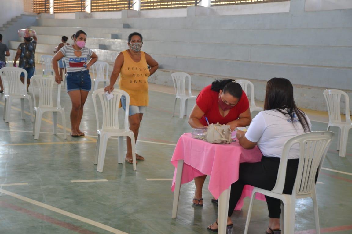 Cesta-Social-Agosto-14 Beneficiários do Programa Cesta Social agradecem e destacam o empenho e dedicação da Prefeita Anna Loren