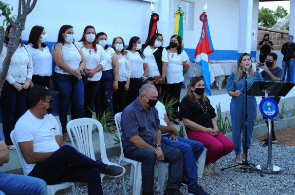 Entrega-PSF-05-11-606x400 Comunidade do Mulungu comemora entrega das obras do PSF 05 em Monteiro